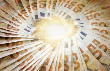 Ενίσχυση εργασίας 100 δισ ευρώ , 7δισ για την Ελλάδα για την εκ περιτροπής εργασία . Η Κυβέρνηση πρέπει να τα απαιτήσει.