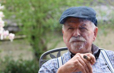 Ανοιχτή πρόσκληση σε πλούσιους  Βορειοευρωπαίους συνταξιούχους