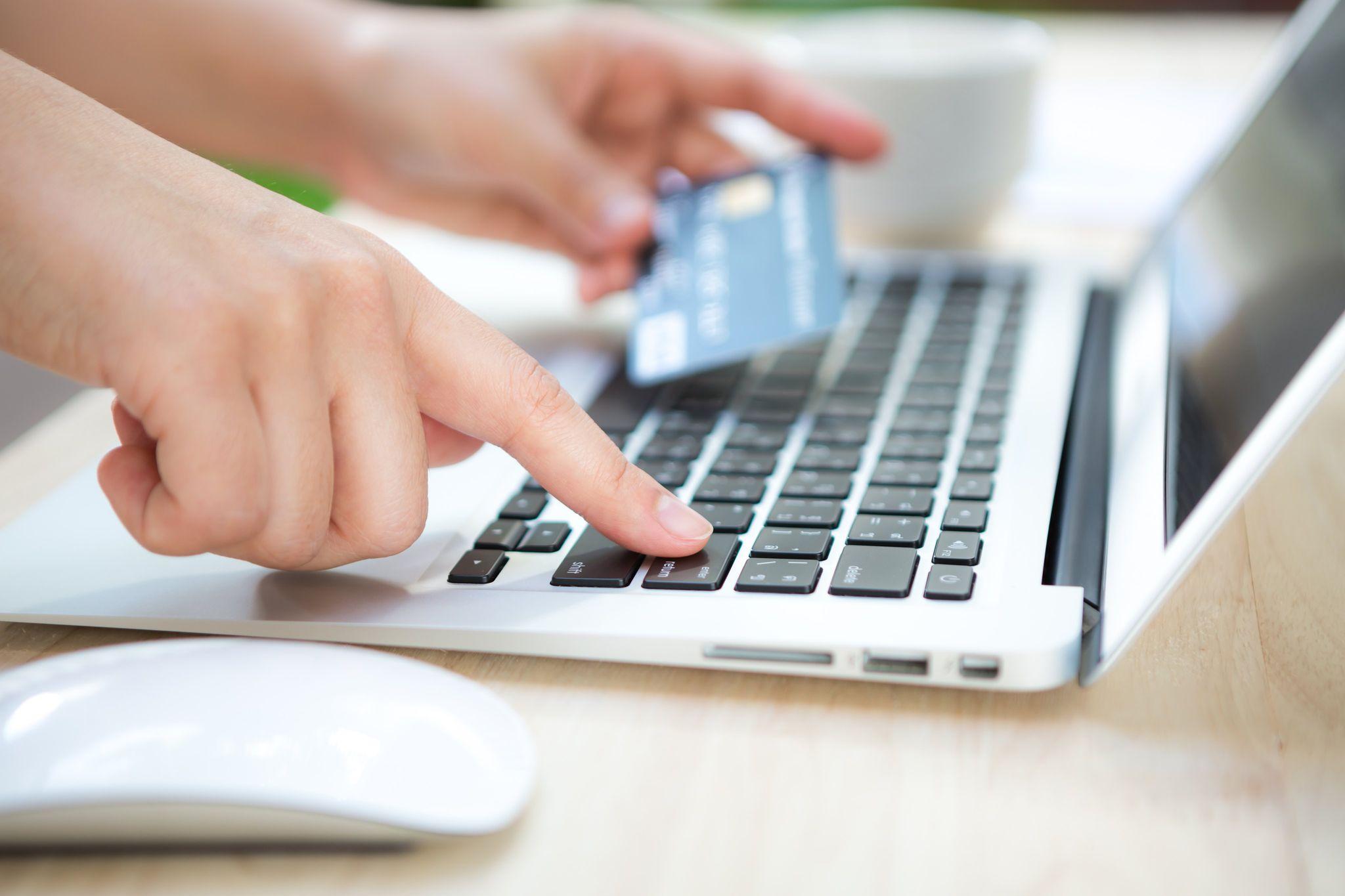 Έλεγχος με ένα κλικ τραπεζικών λογαριασμών- πληρωμών – κινήσεων πιστωτικών καρτών για 10ετία